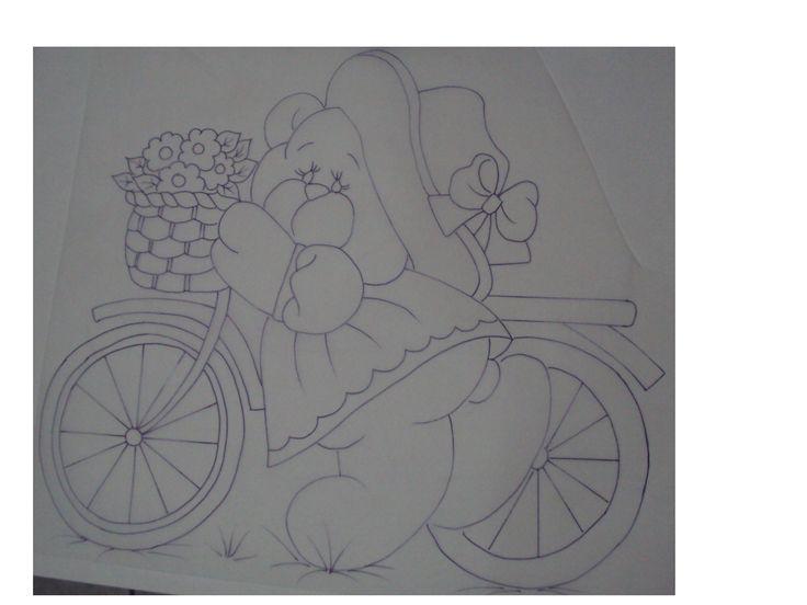 Veja todos os detalhes da pintura dessa charmosa ursinha com Rosevane Aparecida.  Lista de Materiais * Placa de madeira * Cola permanente Acrilex * Diluente para Tecido Acrilex * Aquarela Silk Incolor Acrilex * Pincel Acrilex Ref. 061 número 04, 06 * Pincel Acrilex Ref. 062 número 00 * Carbono para Tecido * Acrilpen …
