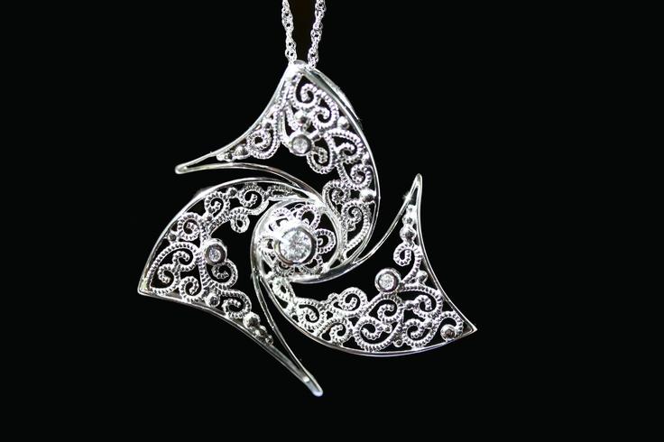 Catherine Wheel Necklace by Meli gioielli Firenze