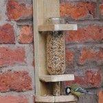 Les 25 meilleures id es de la cat gorie travaux du mangeoire pour les oiseaux - Construire une douche solaire ...