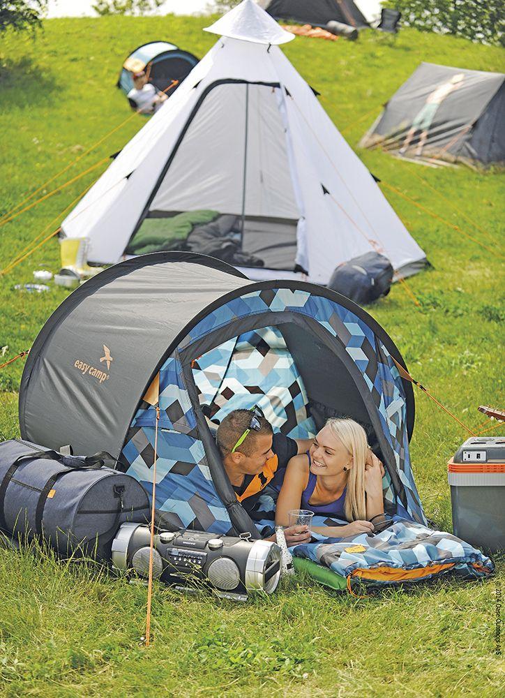 Easy Camp, de naam alleen zegt eigenlijk al genoeg. De startende (maar ook ervaren) kampeerder vindt van Easy Camp tenten, slaapzakken, grondzeilen, luchtbedden, kampeeraccessoires en koelingen.