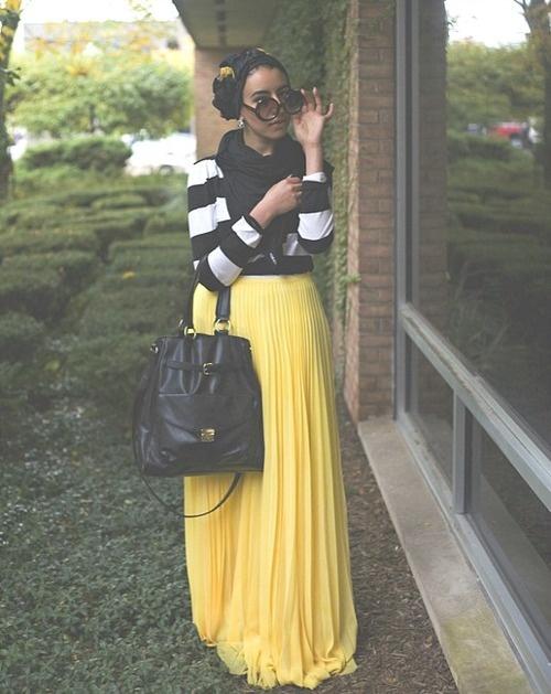 yellow maxi black and white striped top--awesome! #hijab #hijabi #style #fashion