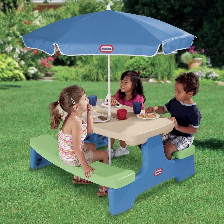 Die besten 25 Picknicktisch mit regenschirm Ideen auf Pinterest