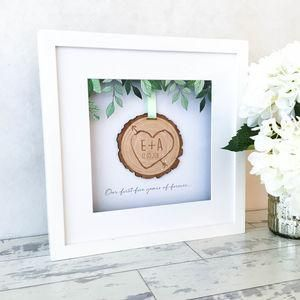 Personalised 3D Wooden Tree Slice Keepsake Frame -  Wedding gifts that will leave the new couple head over heels in love all over again. Thoughtful and personalised presents for the newlyweds.