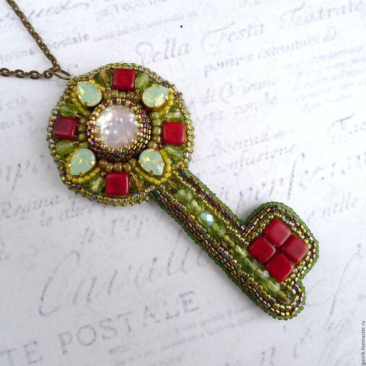 """Купить Кулон """"Ключ от волшебного сада"""" с жемчугом и кристаллами Swarovski - украшение ключик"""