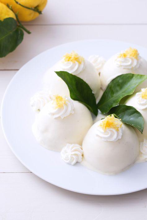 Delizie al limone: il maestro Sal De Riso ci mostra come preparare i tipici dolcetti campani. Assolutamente deliziosi! [Sponge cake with lemon cream]