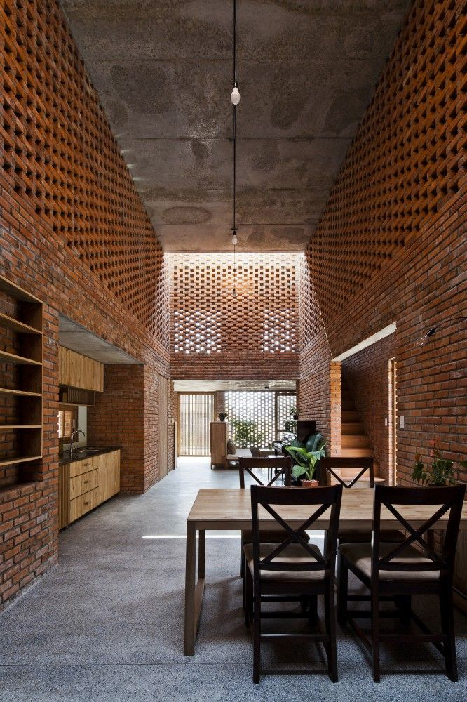 Termitary House, Tropical Space as architects, Da Nang, Vietnam, 2014. Source : Archdaily.