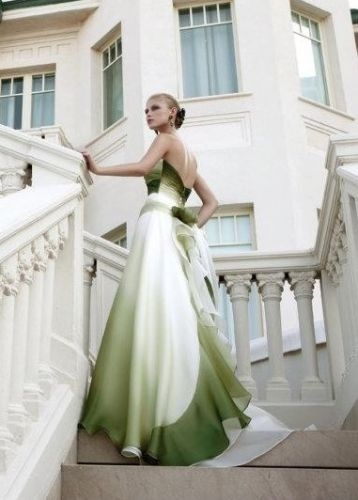 Collezione 2013 - sfumature colorate. Elisabetta Polignano #wedding #weddingdress  http://elisabettapolignano.com/