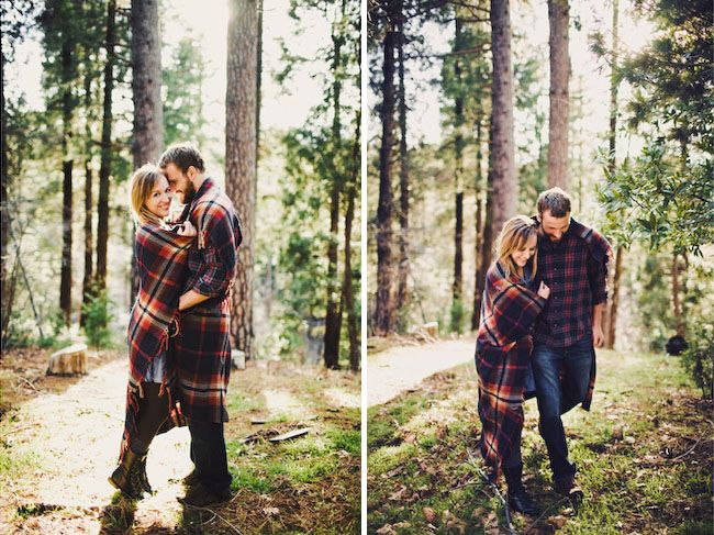 Wrap the couple in a blanket! Cosy and sweet at the same time.