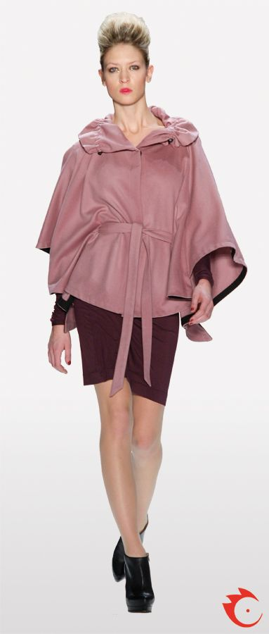 anja gockel stylish rosy poncho in combination with a purple pencil skirt