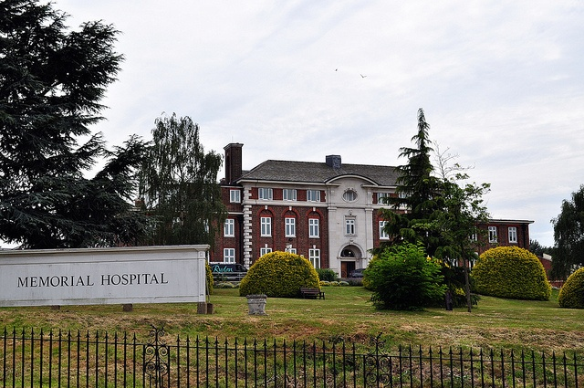 I was born here. Memorial Hospital Shooters Hill by John A King, via Flickr