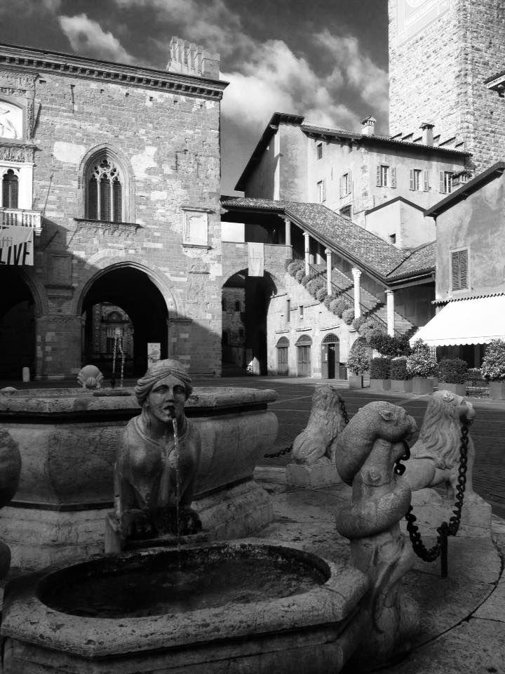 Lombardia - Piazza Vecchia -  Città Alta Bergamo
