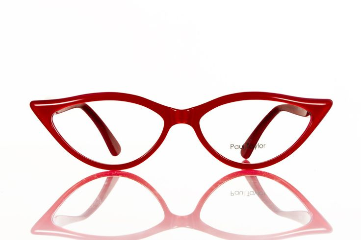 This designer frame for women from Paul Taylor has been highly sought after for decades, but is still as popular as when it was first released. Always looks eye-catching, but yet so different on each face. The Paul Taylor M001 is now available in 20 colours and effects.  - Paul Taylor M002 come with silver screws at arms, designer stamp at inner arm - All Paul Taylor designer glasses for men and women come with a black designer-stamped hard case and lens cloth - Handmade in France