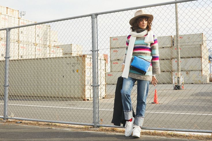 ブルーデニム、「何」を買って「どう」着る? /スニーカーカジュアル編 #冬ファッション アクティブファッション#デニムスタイル#ニットコーデ#ハットコーデ