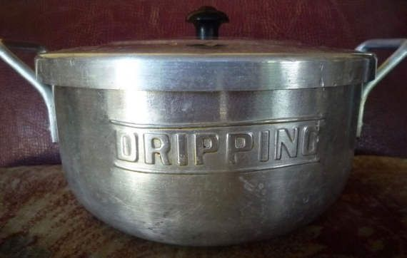 Vintage aluminim dripping canister with lid and sieve