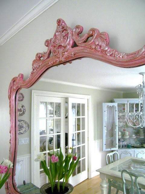 painted pink mirror-- better in blue?: Vintage Mirror, Good Ideas, Paintings Pink, Pink Vintage, Vintage Pink, Home Decor, Pink Mirror, Frames Mirror, Mirror I