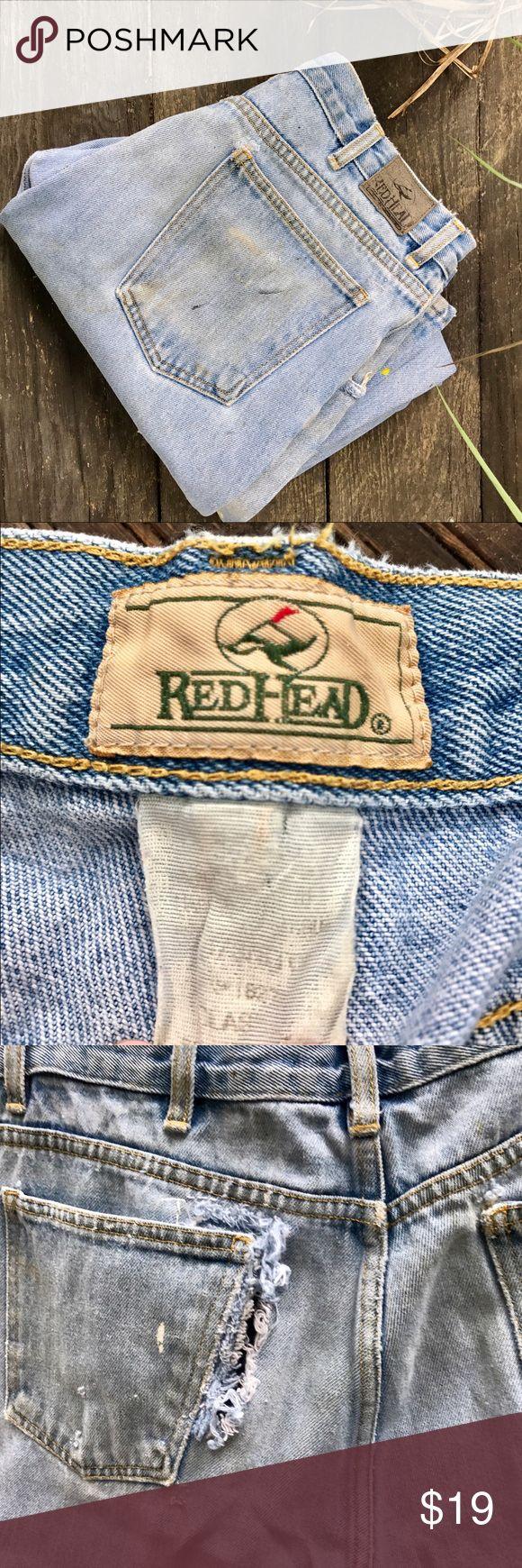 ᴠɪɴᴛᴀɢᴇ ʀᴇᴅʜᴇᴀᴅ ᴅᴇsᴛʀᴏʏᴇᴅ ᴊᴇᴀɴs Vintage Redhead Destroyed Light-wash Jeans. They have been worn out and have holes. Will need patchwork. Vintage Jeans