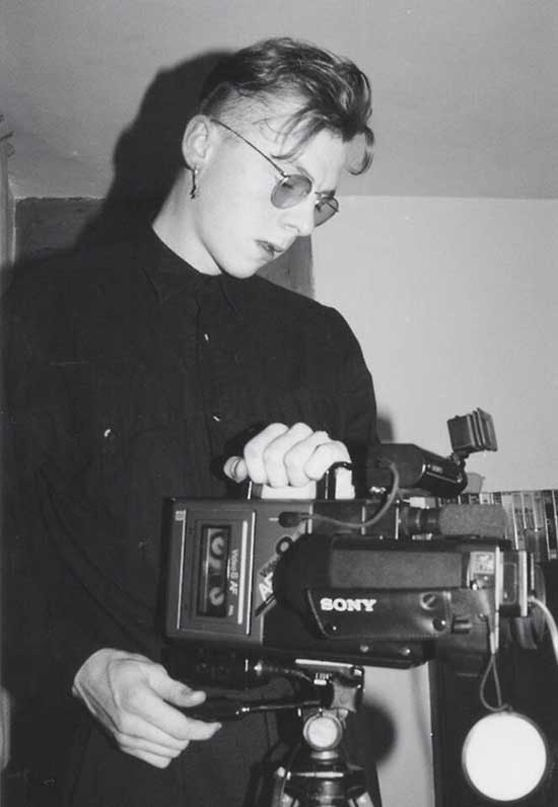 Young Simon pegg