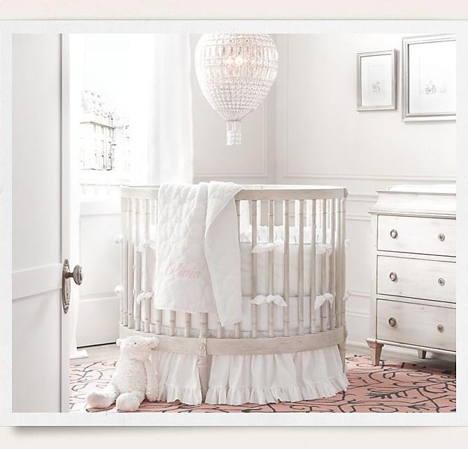 Oval Baby Crib from Baby & Child Restoration Hardware / http://www.rhbabyandchild.com/rooms/shopByRoom.jsp?cm_sp=global_top_nav_store-_-dynamic_menu_item-_-NA=rhbc_cat115024#/rhbc336045
