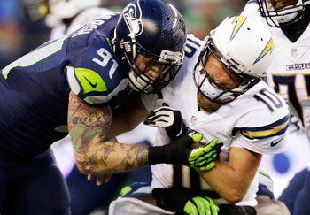 Seahawks Rookies React To Roar of 12s at CenturyLink Field