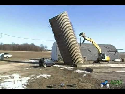 Excavator Pushing Silo Crashing Totaling a Car Geo Tracker http://www.agromachinery1.com/video_listing/excavator-pushing-silo-crashing-totaling-a-car-geo-tracker/