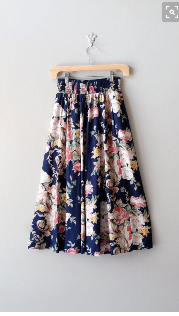 I like the floral print on this skirt, and the flare as well.  Floral skirt stitch fix 2016
