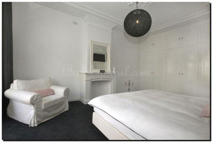 Witte barok spiegel in slaapkamer witte spiegels white mirror pinterest franse stijl - Volwassen slaapkamer stijl ...