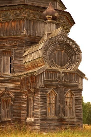 Just one of many abandoned Russian villages, scattered across huge Russia. People simply leave for cities where they can earn more, and thousands of Russian wooden architecture masterpieces, sometimes more than 200 years old, stay by their own