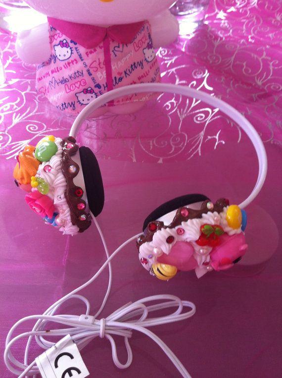 Lalaloopsy headphone cupcake kawaii decoden by Girlstuff2013, €25.00 /// www.art-by-ken.com