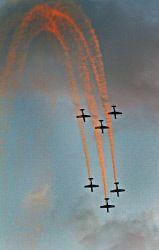 Roulettes in Kalgoorlie. Royal Australian Air Force RAAF planes performing a dive. KGM-0001234 © WestPix