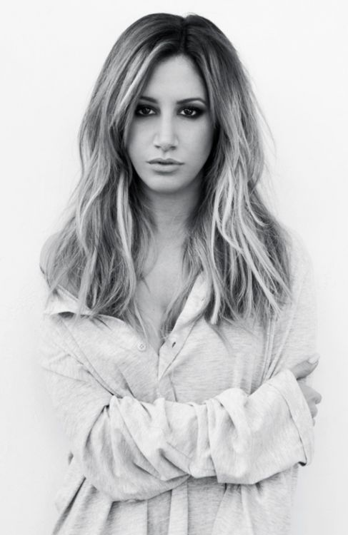 ( CELEBRITY WOMAN 2016 ★ ASHLEY TIDALE ) ★ Ashley Michelle Tisdale - Tuesday, July 02, 1985 - 5' 3' - West Deal, New Jersey, USA.