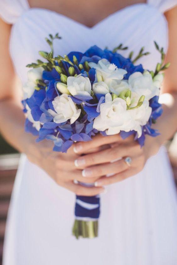 Bouquet marié, mariage en bleu