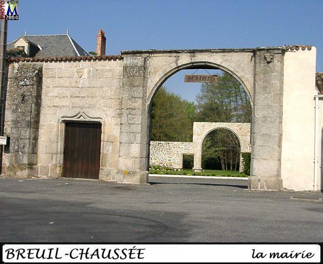 79BRESSUIRE-BREUIL-CHAUSSEE_mairie_102.jpg