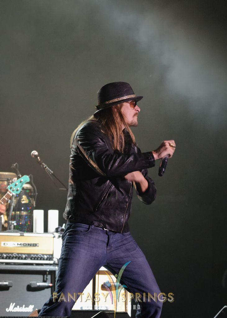https://flic.kr/p/aUsvTp | Kid Rock In Concert | Kid Rock performs concert in front of sold-out crowd at Fantasy Springs Resort Casino 12/9/11.  www.fantasyspringsresort.com