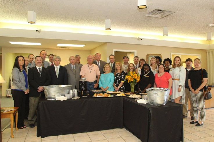 The Clinton Chamber of Commerce had a great time at the Open House event for Merchants & Planters Bank on April 27, 2016. We got to help welcome the newest employees - Sean Meadows, Clinton City President; Paula Weeks, Executive Assistant; Kim Ward, CSR and Katrina Ford, Head Teller! Big thanks to Merchant's & Planters Bank for being so dedicated to the City of Clinton!