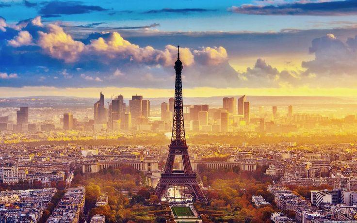 A Lua de Mel na cidade Luz é sempre como viver um conto de fadas, mesmo já tendo visitado a cidade outras vezes, Paris não perde seu charme. É romântica e inspira casais que a escolhem como destino para celebrar o amor.