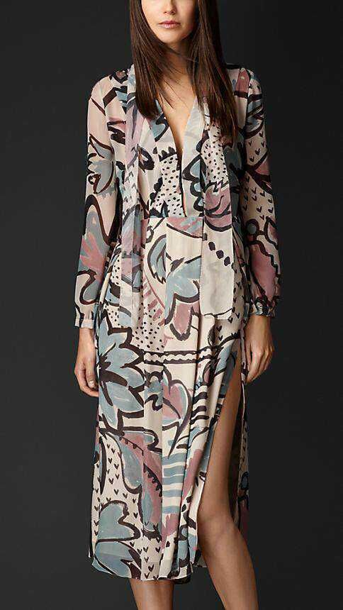 2015 European luxury brand British style split dress digital printed silk mid-calf dress women high street wear casual dress - http://www.aliexpress.com/item/2015-European-luxury-brand-British-style-split-dress-digital-printed-silk-mid-calf-dress-women-high-street-wear-casual-dress/32274214645.html