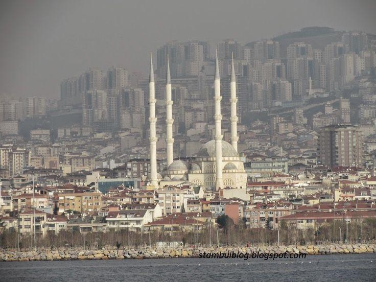 вид на мечеть с корабля