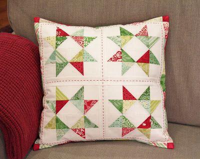 Jen Daly Quilts: Candy Stars - Free Mini Charm Pack Pattern & 195 best Almohadones / Quilt \u0026 Applique Pillow images on Pinterest ... pillowsntoast.com