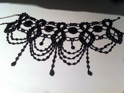 Mon collier créé par GR Création : http://www.menagere-trentenaire.fr/2012/01/15/gr-creation
