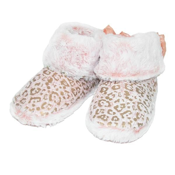 These leopard print slippers are perfect for the fashionista in your life. The faux fur body has an extremely soft hand and the cushion interior gives extra comfort and support to your feet.