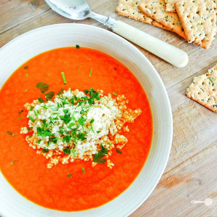 5 ingredient carrot and ginger soup with quinoa | for CanToo - http://wholesome-cook.com/2011/11/17/5-ingredient-carrot-and-ginger-soup-with-quinoa-for-cantoo/