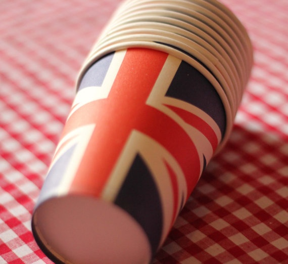 Jubilee party paper cups by thekidstableshop on Etsy, £1.25