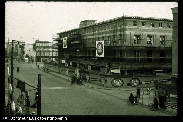 C Eindhoven & Lodewijks meubelen.