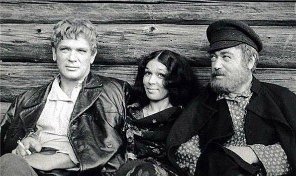 Самые культовые сериалы СССР, Рожденные в СССР.