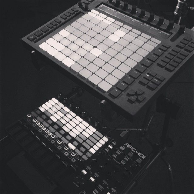 Akai APC40 MK2 ABLETON PUSH | GEAR geek | Studio gear, Akai apc40