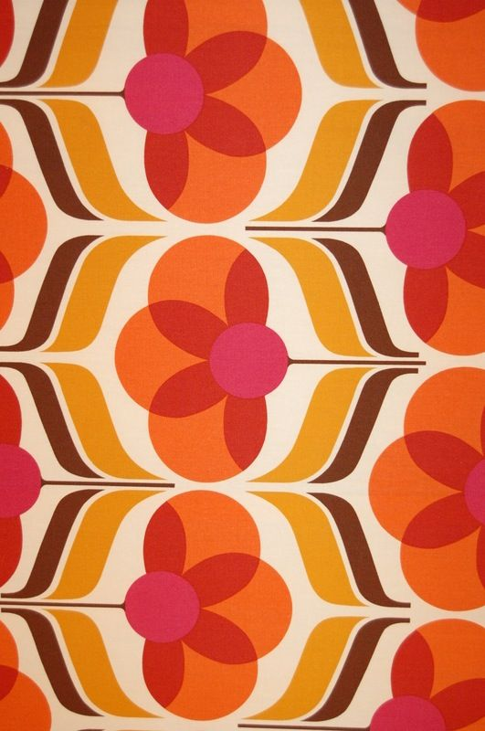 There's something about retro patterns that stir up my senses. I love the colours in this, it looks so warm and the flower print is so cool. Love vintage inspired prints