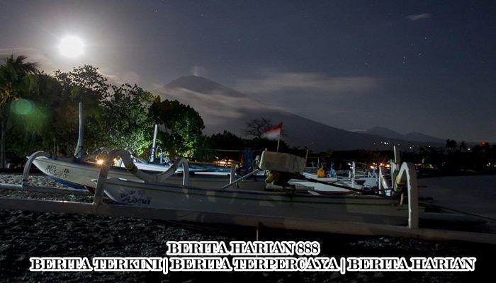 Beberapa Desa Terkena Abu Vulkanik Gunung Agung, Bali