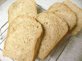 香ばしさが自慢!玄米食パン