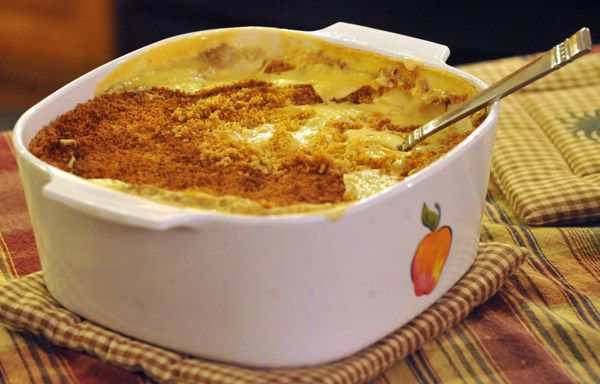 Keshi yena (gevulde kaas)  antilliaans-eten.nl