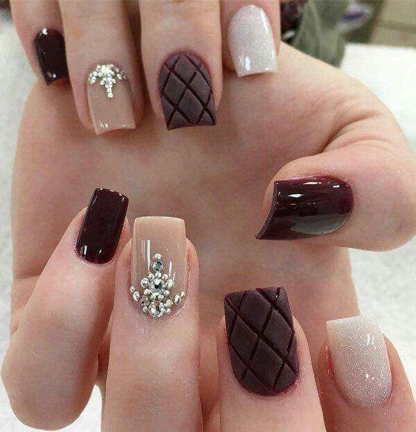 Nails vino